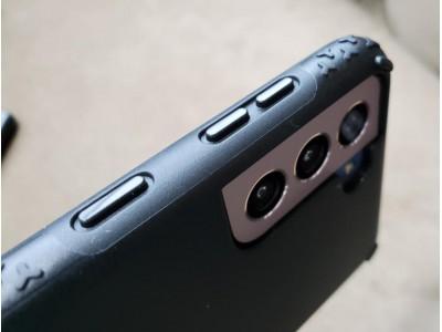 Чехлы Incipio и Survivor для Samsung Galaxy S21 Ultra 5G